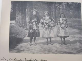 May Garlands 1904
